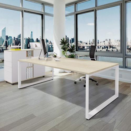 Forum Desk