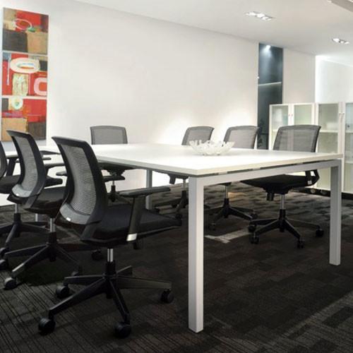 Plaza Meeting Table